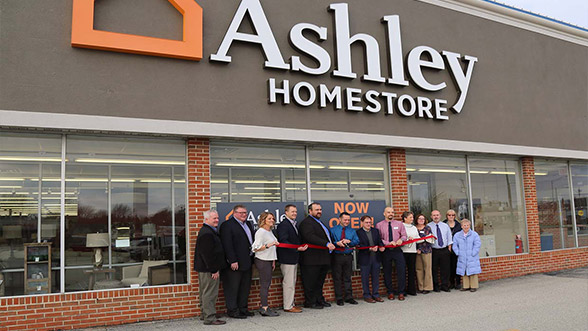 Charmant Jacksonville, Ill. U2013 On Wednesday, January 24, Ashley HomeStore Celebrated  The Grand Opening Of A New Location In Jacksonville, Ill. The New Store, ...